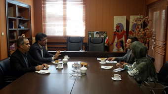 An official from Australian Trade Commission met with Director General , Office of International Relations, University of Tehran