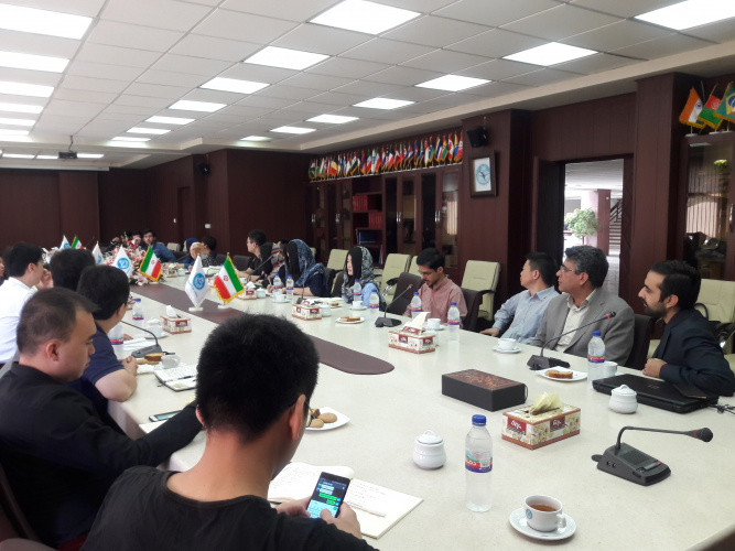 A group of students from Tsinghua University, P.R. of China visited Confucius Institute (CI) of the University of Tehran