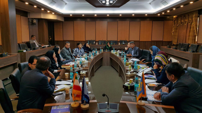Kazakh delegation in a joint meeting hosted by Shahid Beheshti University